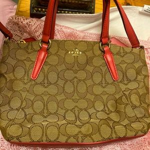 Coach Mini Kelsie khaki/strawberry NWOT